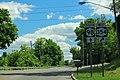 NY98 South - NY354 West Signs (41939613155).jpg