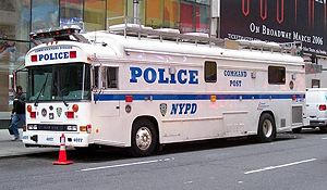 English: An NYPD Command Unit.