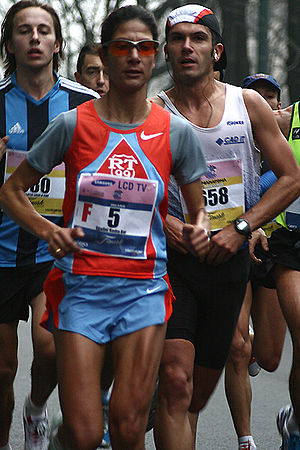 Corrida de Langueux - Nadia Ejjafini won back-to-back titles in 2006 and 2007.