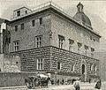 Napoli esterno del Museo Civico Filangieri.jpg
