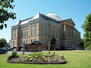 Niagara County Courthouse and County Clerk's Office - Niagara County Courthouse, June 2009