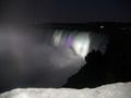 Niagara faelle nachts canada.jpg
