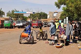 Dogondoutchi - Street scene in Dogondoutchi