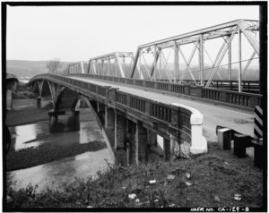 OBLIQUE VIEW OF DOWNSTREAM ELEVATION, LOOKING NORTHEAST - Van Duzen River Bridge, Spanning Van Duzen River at CA State Highway 101, Alton, Humboldt County, CA HAER CAL,12-ALT.V,1-8.tif