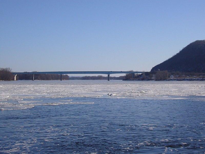 File:Old interstate 90 Mississippi bridge.jpg