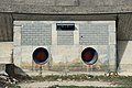 Organes de vidange du barrage de la Rouvière.jpg