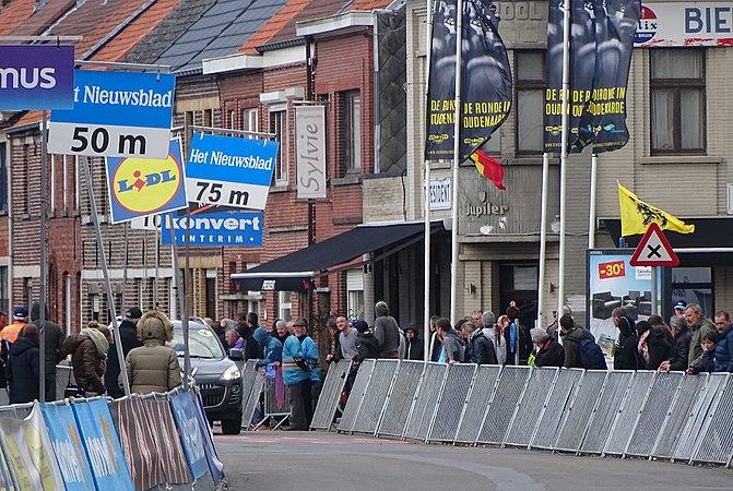 Oudenaarde - Ronde van Vlaanderen Beloften, 11 april 2015 (C71).JPG