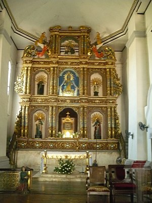 Maragondon Church - Retablo mayor