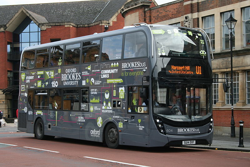 Oxford Bus Company 604 on Route U1, Oxford Station (14966079163).jpg