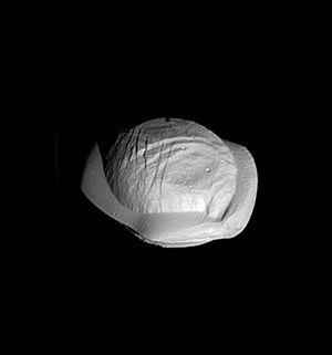 Pan (moon) - Image: PIA21436