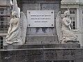 Pairs of angels, sculptures; Martyrs' Square - Place des Martyrs - Martelaarsplaats 7 (4039417311).jpg