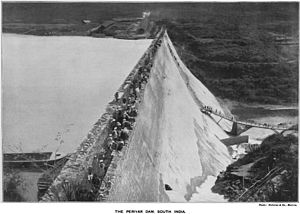 Mullaperiyar Dam - View of the dam around 1899