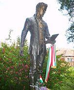 Petőfi szobra-Fehéregyháza-a csata emlékművénél