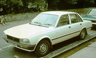 Peugeot 505 - An early 1980 Peugeot 505, photographed in 1981