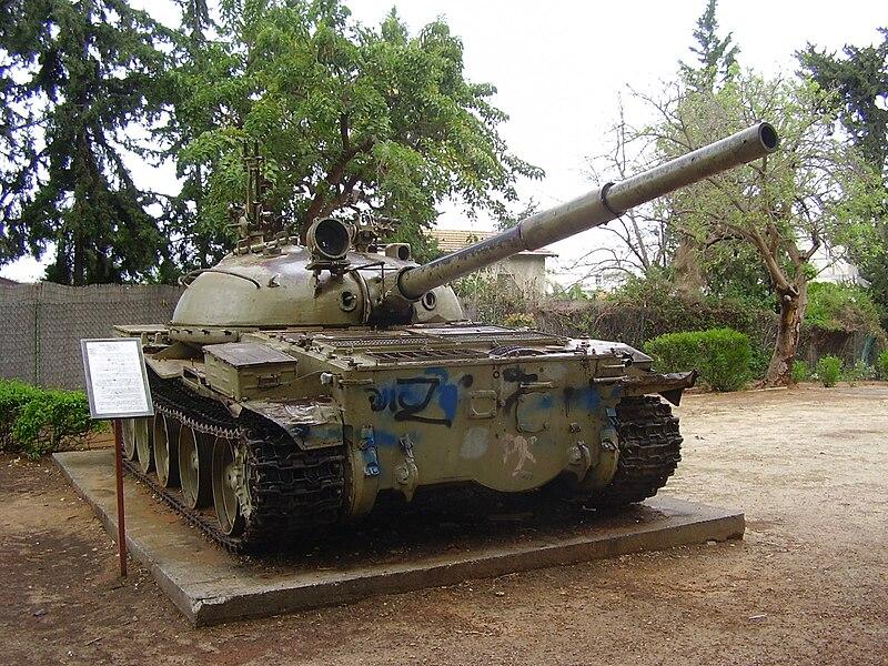 טנק סורי T-62