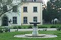 PillnitzerPlatz-Brunnen.jpg