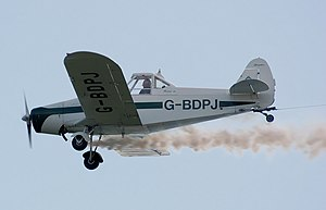 Piper pawnee pa25 glider-towing at kemble arp.jpg