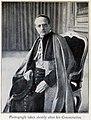 Pius XI leaning.jpg