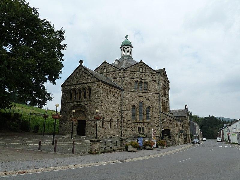 Kerk in Plombières, België