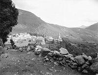 Poble de Bagergue des del camí del port a la vall d'Aran.jpeg