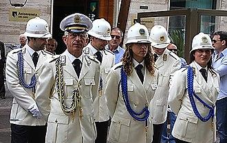 Municipal police (Italy) - Cosenza Polizia municipale in dress uniform.