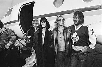 Fernando Pereira - Image: Popgroep ABBA aangekomen op vliegveld Zestienhoven Rotterdam v.l.n.r. Björn U…, Bestanddeelnr 930 5073