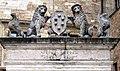 Pozzo dei Grifi e dei Leoni 9 bis.jpg
