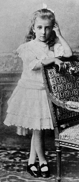 Princess Nadezhda of Bulgaria - Princess Nadezhda at age 8, 1907