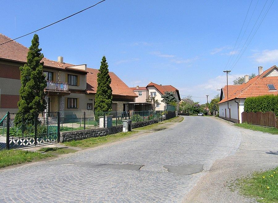 Prosetín (Chrudim District)