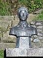 Pto Varas -busto de Hernan Merino -costanera VPerezRosales.jpg