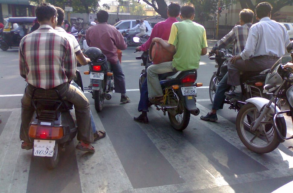 Pune Traffic Two Wheelers