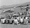 R-26 Góbé vitorlázó repülőgépek. Badacsonyi Béla repülőtér vezető eligazítást tart. Fortepan 8918.jpg