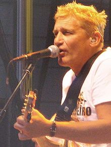 Fendrich in concert with Austria3 in 2006.
