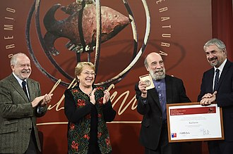 Pablo Neruda Ibero-American Poetry Award - The Chilean Raúl Zurita receiving the award in 2016 from President Michelle Bachelet and minister Ernesto Ottone