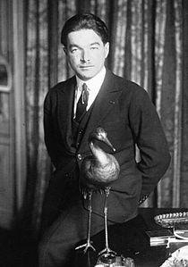 René Fonck avec cigogne 1920.jpg