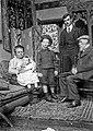 Renoir en famille à Paris.jpg