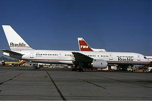 Republic Airlines Boeing 757 Groves.jpg