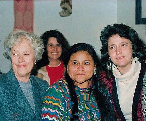 Rigoberta con Lomban y Ana Gonzalez