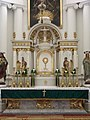 Rimokatolička crkva u Beodri - oltar.jpg