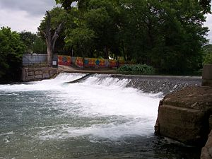 San Marcos River - The old Rio Vista Dam, now demolished. The area was transformed into three rapids, making it a very popular recreational area