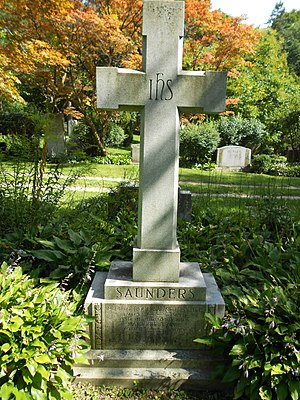 Robert Hood Saunders - The gravestone of Saunders (section Q-207) in Mt. Pleasant Cemetery