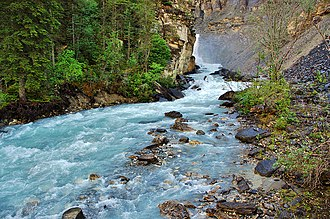 Robson River - Robson River above Whitehorn campground