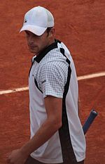 bafb427c1e3433 Roddick reached the fourth round of the French Open for the first time.