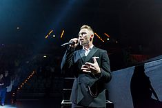 Ronan Keating - 2016330211243 2016-11-25 Night of the Proms - Sven - 5DS R - 0108 - 5DSR8624 mod.jpg
