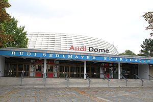 Der Audi Dome im August 2012