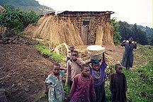 Rwanda-Demographics-Rwandan children at Volcans National Park