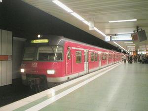 Frankfurt City Tunnel - Image: S Bahn Rhein Main Type 420