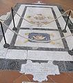 S. croce, tomba sul pavimento 66.JPG