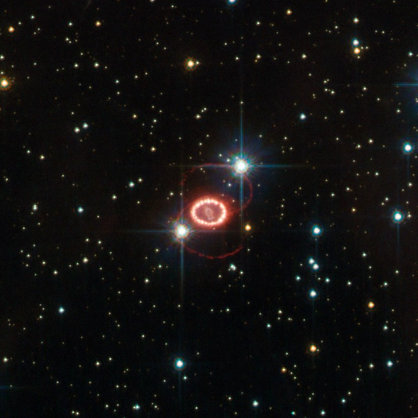 SN 1987A HST.jpg