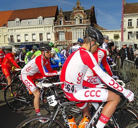 Saint-Amand-les-Eaux - Paris-Roubaix juniors, 12 avril 2015, départ (A34).JPG